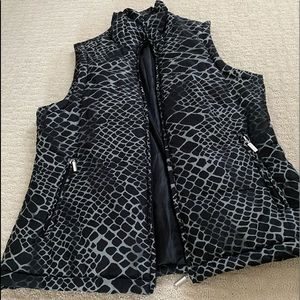 Medium vest